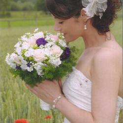 Hochzeitsfrisuren_09